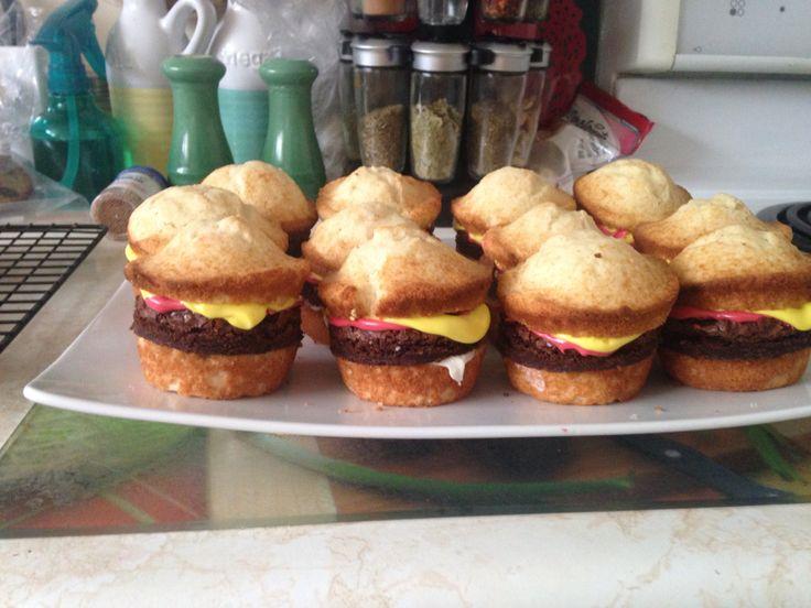 My hamburger cupcakes