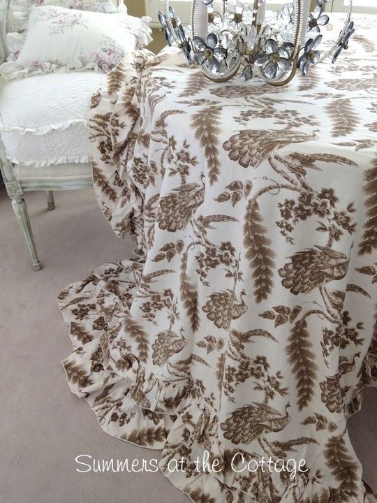 Lovely Anthropologie Linen Ruffle Farmhouse Tablecloth French Country
