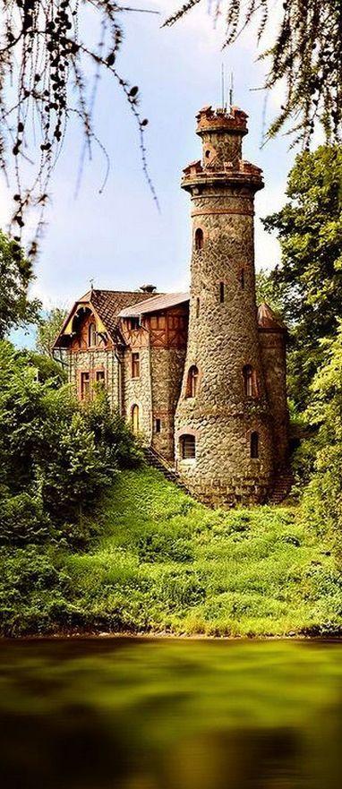 Les Kralovstvi Castle, Czech Republic