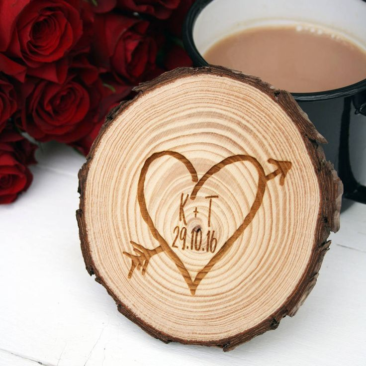 Are you interested in our engraved love heart coaster? With our wooden valentines day coaster you need look no further.