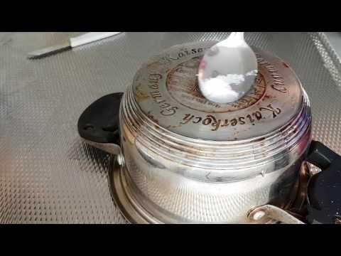 Soda ile kirli tencere alti nasil temizlenir , met zilver soda pannen schoonmaken - YouTube