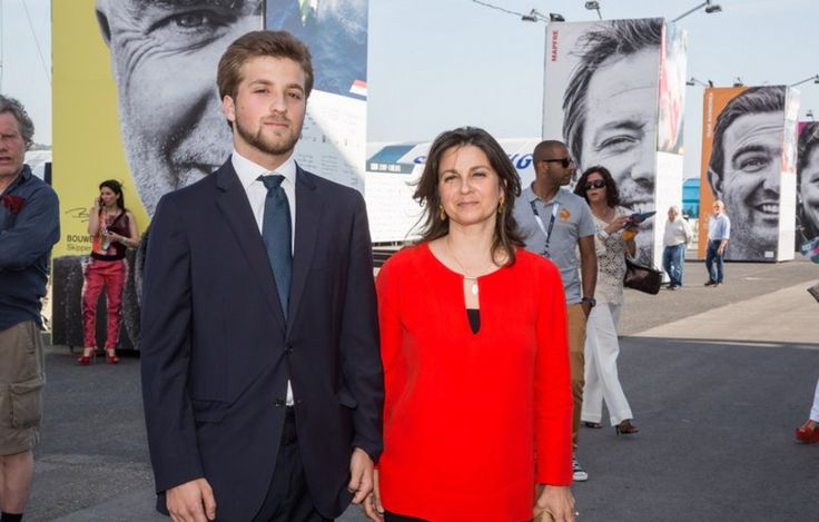 caras.sapo.pt:  Duchess of Branganca and her eldest son Dom Alfonso, Volvo Ocean Race, Portugal, June 5, 2015