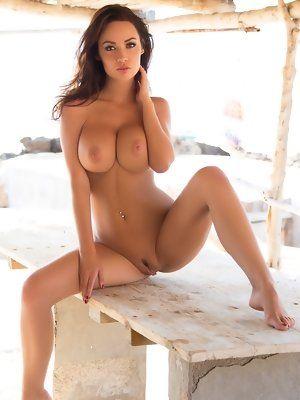 Hot Chicks Strip Nude