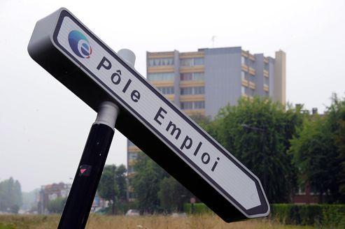 Un panneau Pole Emploi, à Lille, dans le Nord de la France.