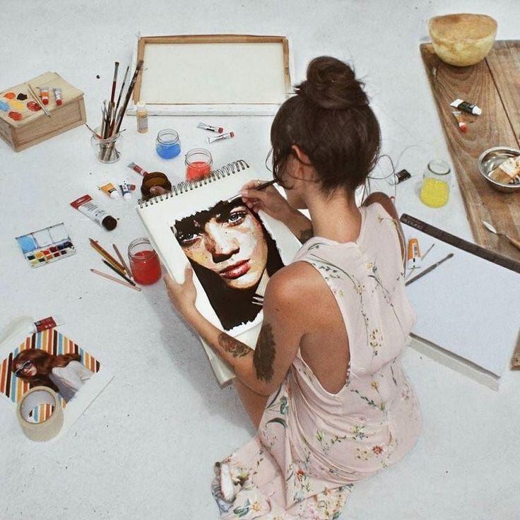 разделены несколько как в инстаграмме нарисовать на фото молодости момоа