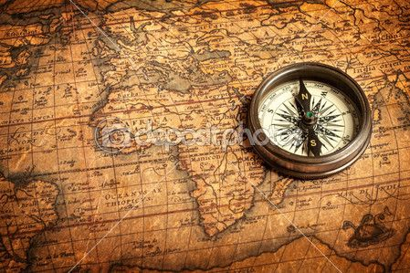 Old vintage compass on ancient map — Foto de Stock