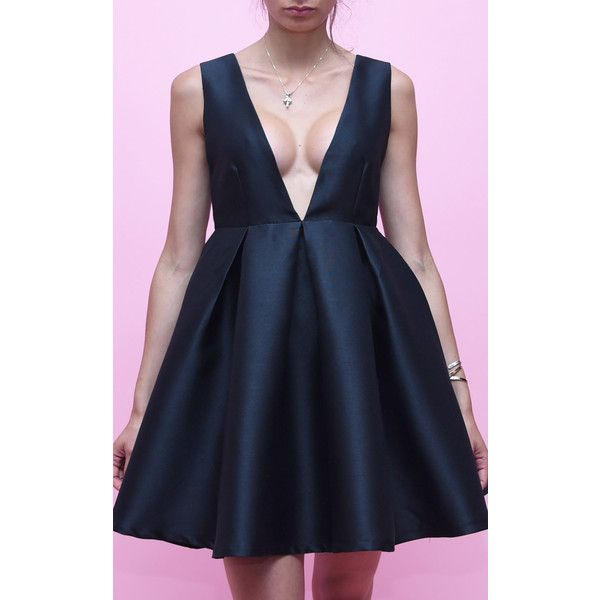 LPC Paris - Les Petites Chaudières Cocktail Punch (£145) ❤ liked on Polyvore featuring dresses, black, holiday dresses, evening dresses, short cocktail dresses, special occasion dresses and pleated mini dress