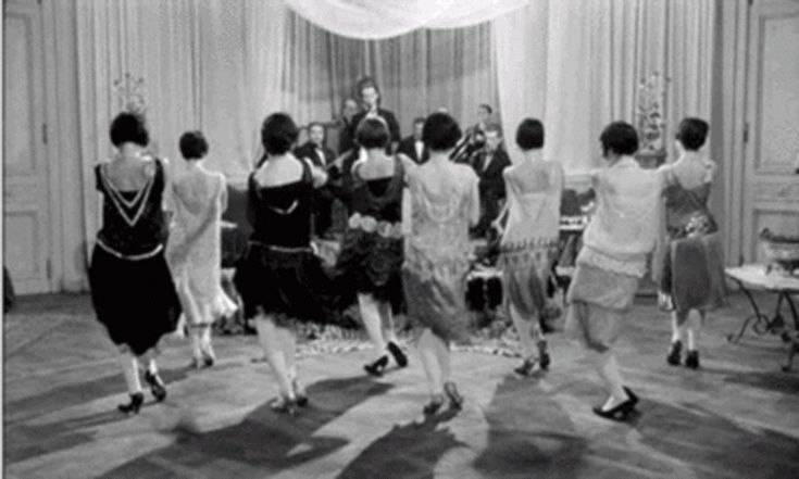 1920's footage of ladies dancing - Unrestricted clothing, dropped waistline, lightweight fabric, flowing skirts all to allow ease of movement. #Roaring #Twenties #fashion #vintage