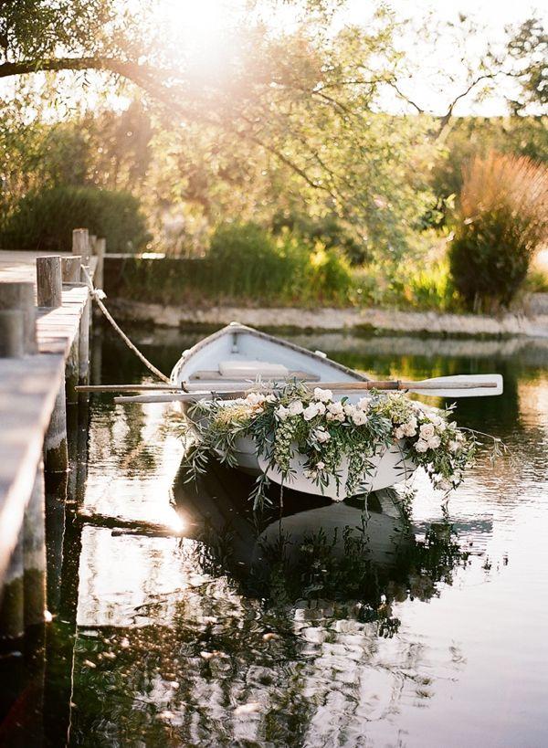 Wedding row boat with flowers #weddingrowboat @weddingchicks