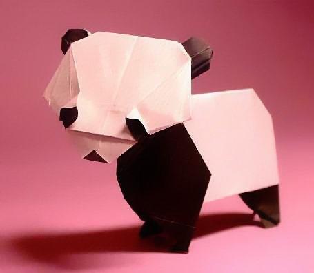 knock yourself out panda lovers: http://www.giladorigami.com/PG_Pandas.html