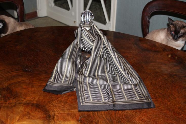 Extremely elegant men silk scarf. 60s