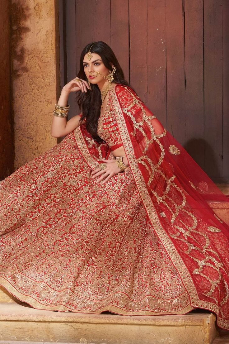 Beautiful wedding Lehenga choli colletion for Marriage. Buy Indian wedding…