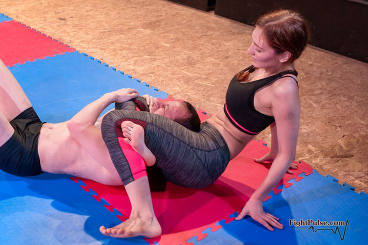 Wet pussy..... strong muscle girls wrestling domination wie