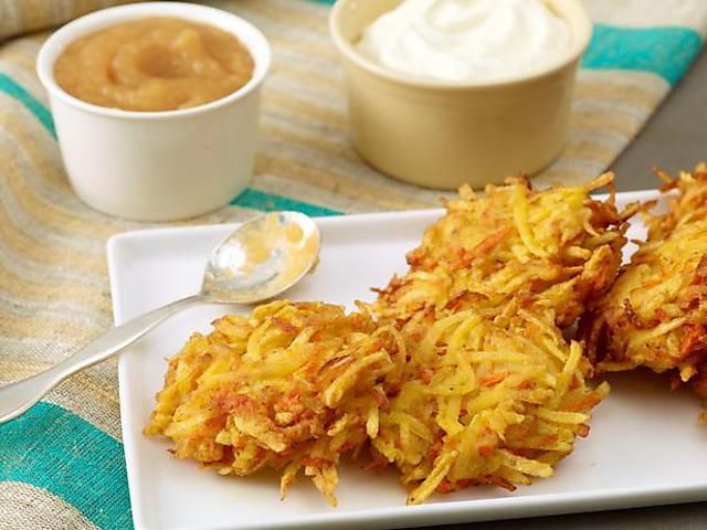 Quick Potato and Carrot Latkes Recipe : Rachael Ray : Food Network. Used tapioca flour to make it gluten free.