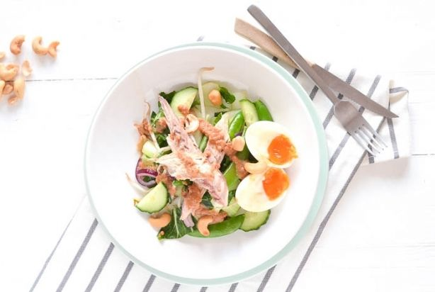Gado Gado salade met makreel