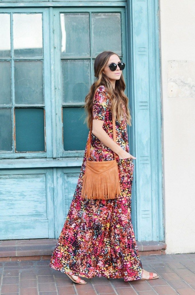 Printed boho maxi for afternoon weekend strolls.