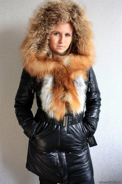 Пуховые кожаные пальто с лисой