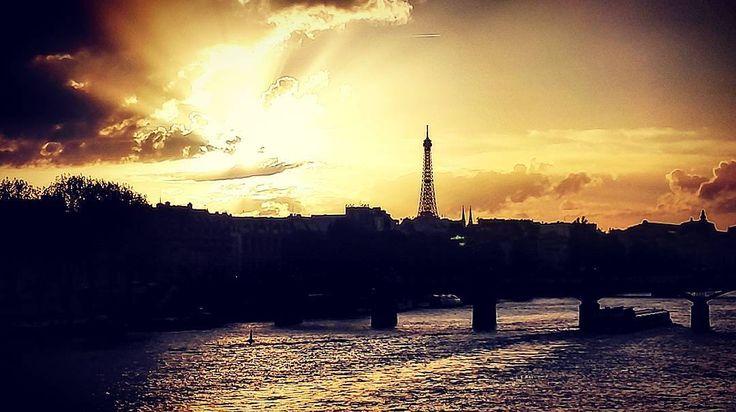 Eiffel tower in Paris France hometown.  #paris #france #eiffeltower #toureiffel #emotional #instagood #photooftheday #tbt #love #cute #happy #parisiansunset #parisbynigth #sky #sunset #sunsetpics #seine #photooftheday #cute #me #champsdemars #skyporn #instagood #the_next_odyssey #thenextodyssey #earth  #beautiful #люблю #toptags #sunsets #happy #lights #world #torreeiffel