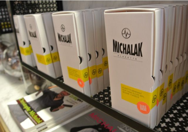J'ai testé un « Fantastik » et les « choux d'enfer » de Christophe Michalak http://www.envoie-le-sucre.fr/decouvertes-gourmandes/bonnes-adresses-decouvertes-gourmandes/fantastik-michalak