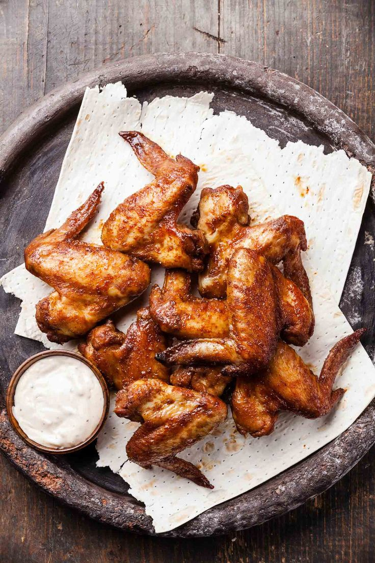 Kickin' Chicken Wings with Bacon Blue Cheese Dipping Sauce