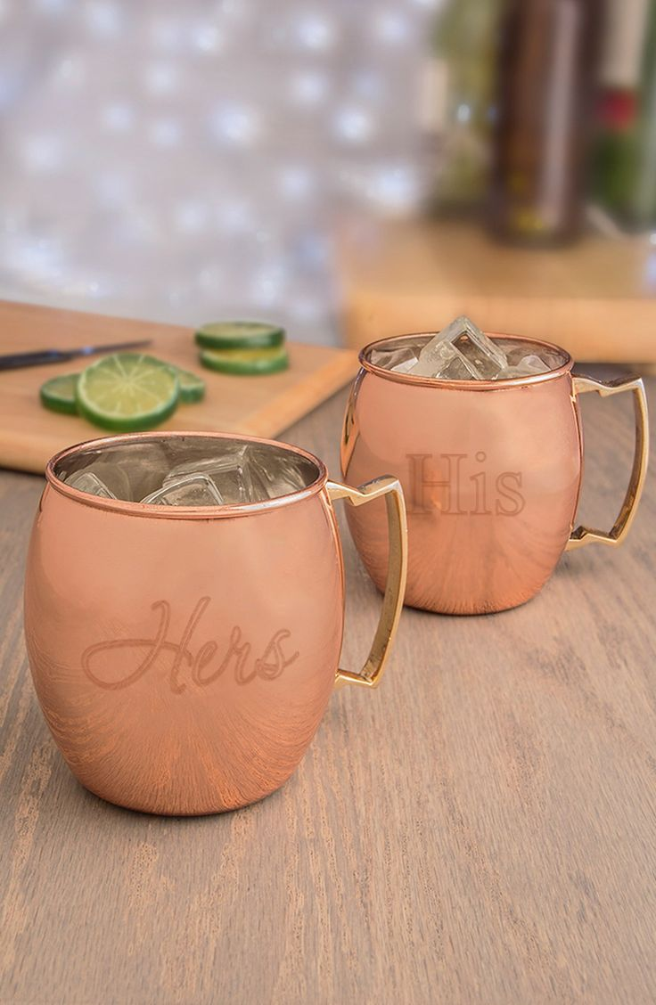 Sip in style with your honey from these moscow mule copper mug set.