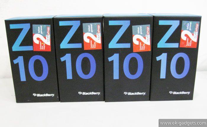 Blackberry Z10 White Rp.5.300.000.-   Garansi 2-Tahun