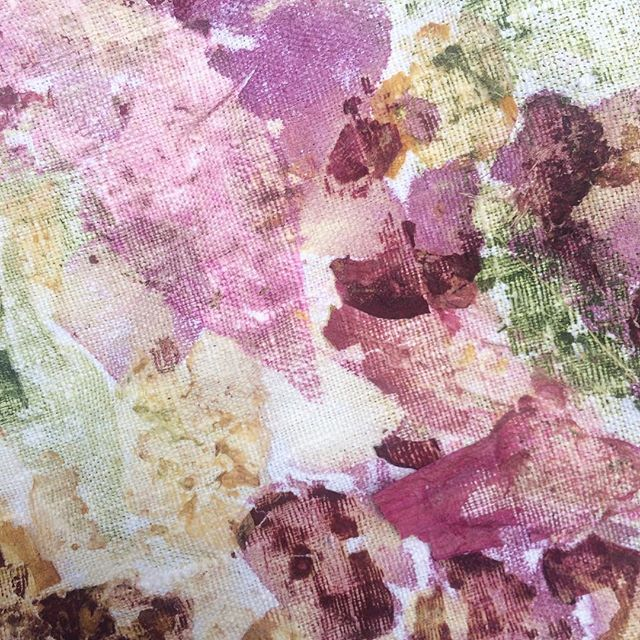 We now offer bespoke floral textile services which include unique bridal bouquet preservation! We can use your bouquet and turn it into fabric, wallpaper, scarves, art prints etc.  Contact us at contact@sarahblythe.com for more information