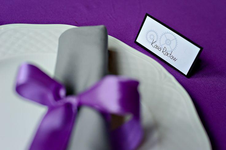winietka oraz serwetka z dekoracyjną wstążką