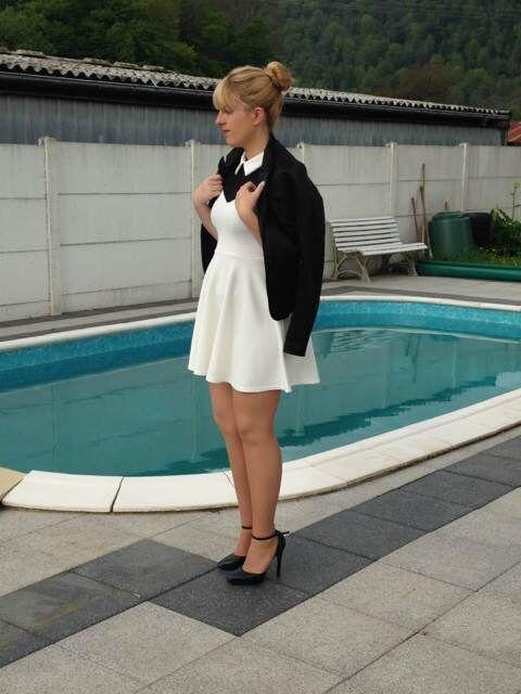 17 id es propos de robe de marraine sur pinterest robes midi robes de dentelle et. Black Bedroom Furniture Sets. Home Design Ideas