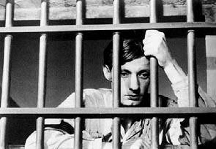 """""""Un condenado a muerte se escapa"""" - Robert Bresson"""