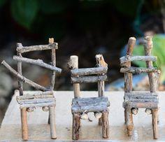 Chaises pour les gnomes. Table des saisons, maisons des gnomes / elfes / fées... DIY.