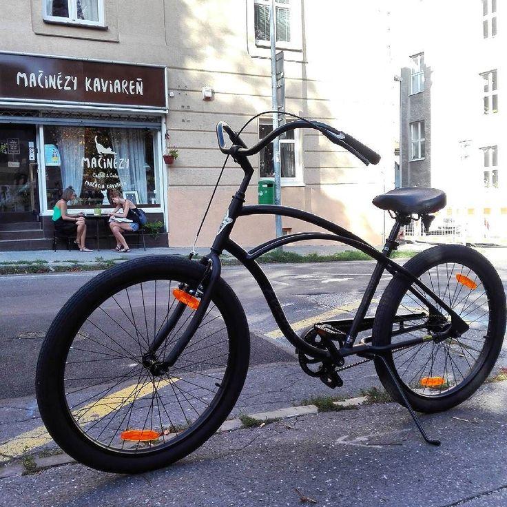 Kaviarensky expres Electra #Cruiser Lux 1  #kaviaren #electrabike #staremesto #bicykel #macinezy #blackcoffee