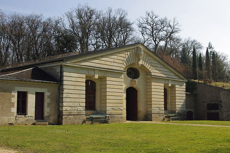 Château de Richelieu. Pavillon des chais / la grotte de Bacchus, 2012. Photo: Daniel Clauzier.
