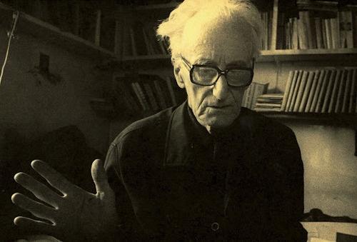 La mejor manera de liberarse de la influencia demasiado fuerte de un escritor muy amado es hacer un pastiche de él. Frase de Marcel Proust según Józef Czapski.