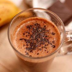 Бананово-шоколадный милкшейк рецепт – детское меню: напитки. «Афиша-Еда»