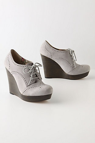 As soon as I saw these fabulous grey oxford wedges, I knew they were Seychelles!
