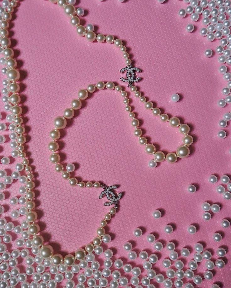 Perlen: Kette von Chanel | Mode, Kette und Trends