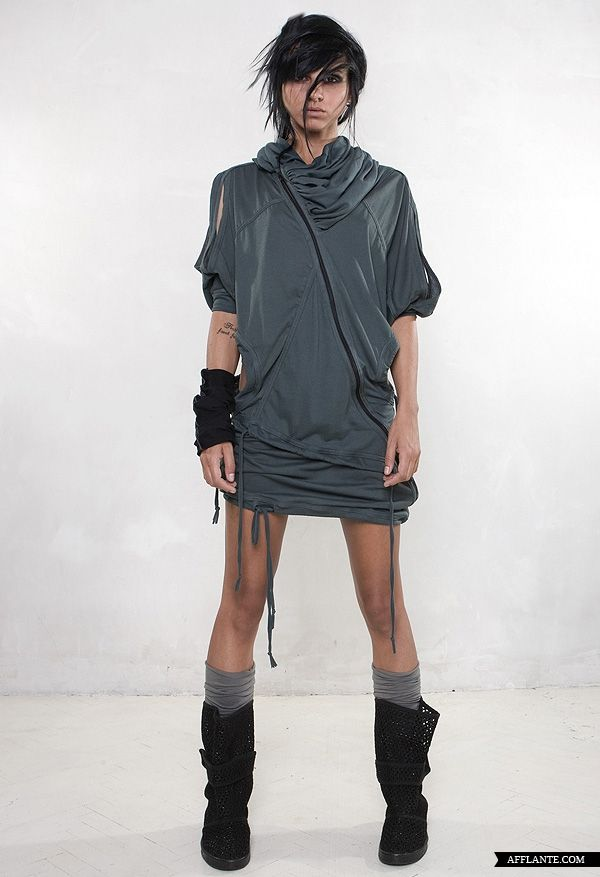 Deconstructive Sporty Shapes A/W 2012 // Demobaza | Afflante.com