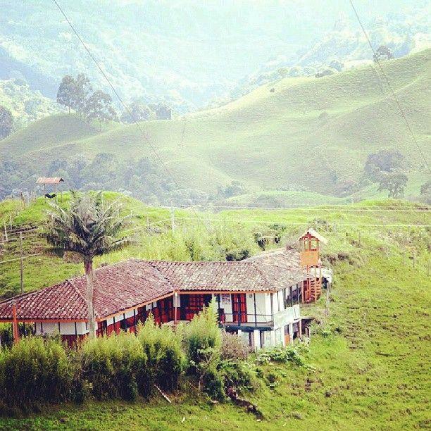 Finca Tipica en el area rural de Filandia, Quindio. Foto gracias a http://instagram.com/gmotula