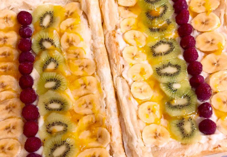 Tarta de hojaldre y fruta