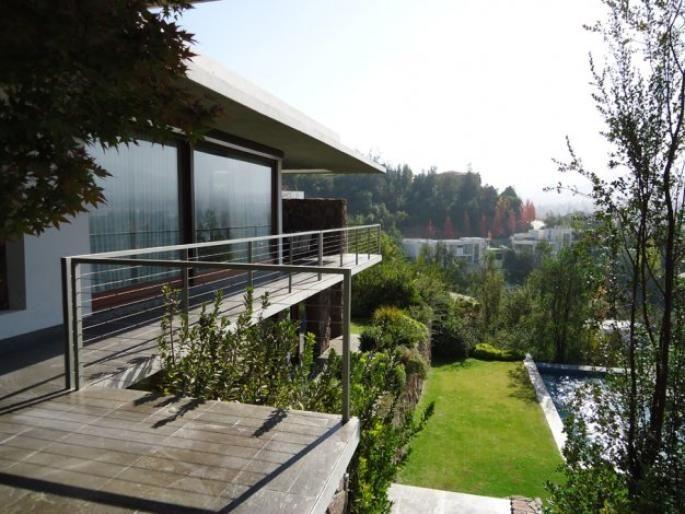 Gran Casa en Golf Lomas Informe de Engel & Völkers | T-1413327 - ( Chile, Región Metropolitana de Santiago, Lo Barnechea, Golf Lomas De La Dehesa )