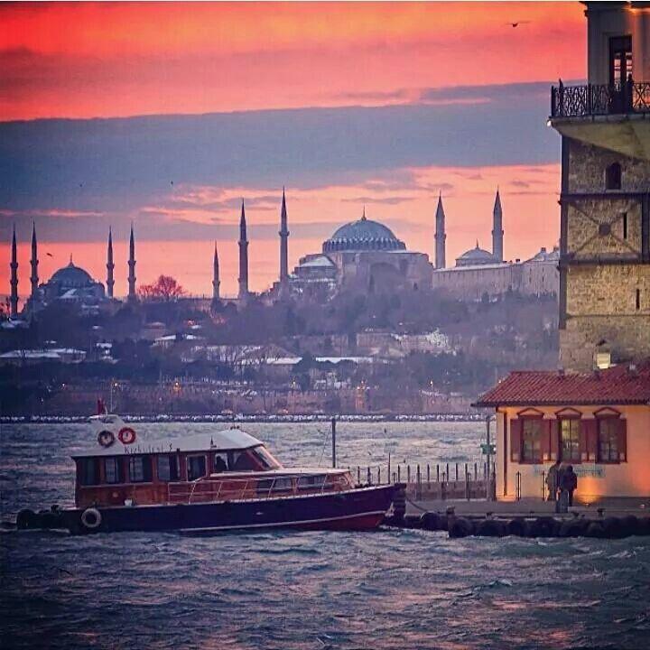 Kızkulesi özel sevis teknesi Istanbul