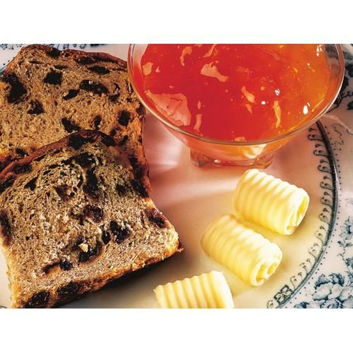 Mandarin jelly recipe - By Australian Women's Weekly, Why buy store-bought jam when you can make your own delicious mandarin jelly, perfect spread atop toast with a dollop of butter. This way, you know exactly what's going into it, and your family will love the homely touch.