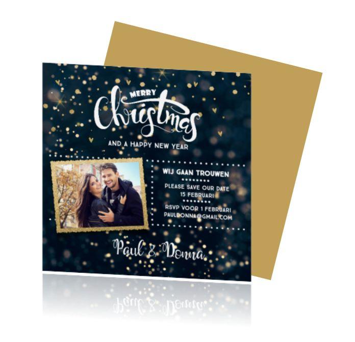 lovz.nl | Chique winterse save the date kaart met donkerblauwe glitter ondergrond. Combi kerst. Mooi met goud look. Zelf online maken