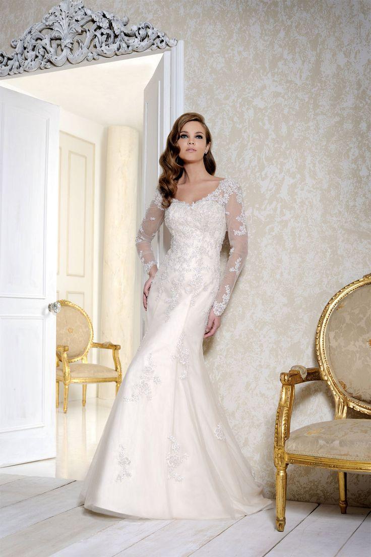 Twilight Wedding Dresses: Steal Bella Swan's Bridal Style