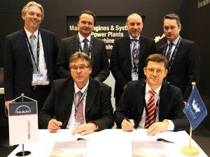 Wessels Reederei, MAN Diesel & Turbo sign contract at Europort exhibition