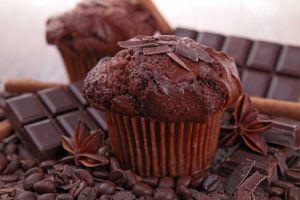 Ho scelto per per voi le 10 migliori ricette di dolci al cioccolato. Spero che siano di vostro gradimento!