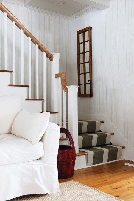 Un escalier simple et rustique