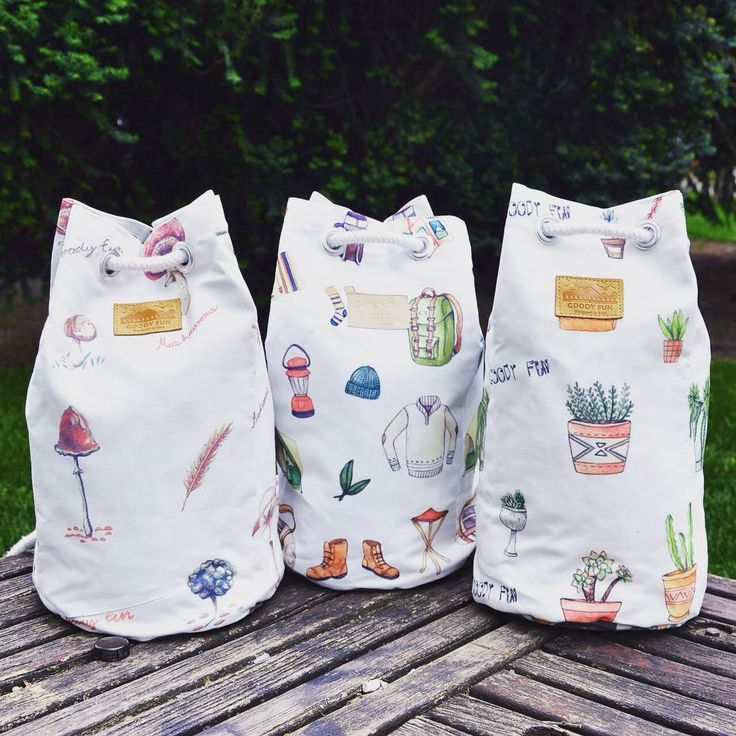 Treehuggers' 'bucket'-list   nature inspired funny graphic print pattern bucketbag selection