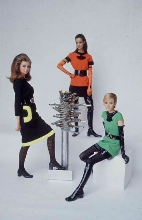 '60s mod space-age fashions